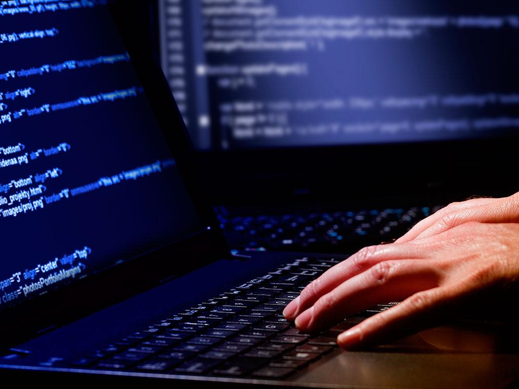 Desenvolvimento de Softwares Web/desktop